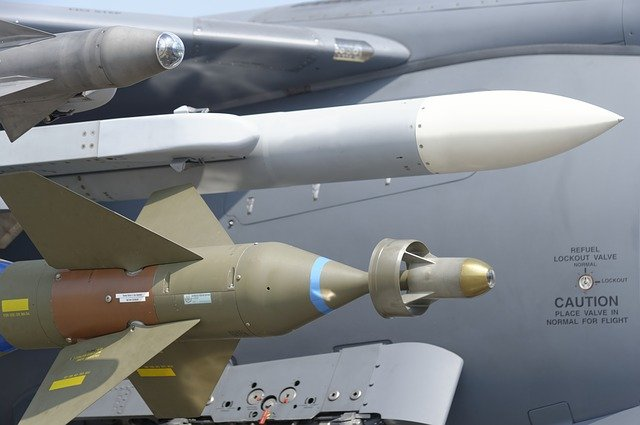 You are currently viewing Nuclear Missile Contract Won By Tucson-Based Raytheon
