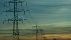 Read more about the article Power Outages Effect 18,000 Homes