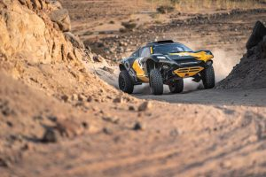 Read more about the article Extreme E Takes Off For The Desert! Electric Vehicle Race Series Begins